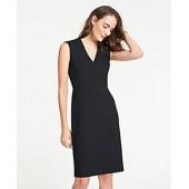 V-Neck Dress in Bi-Stretch