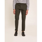 CLASSIC SLIM-FIT TROUSER