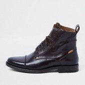 Levi's brown leather lace-up boots