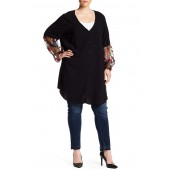 Embroidery Sleeve Button Blouse (Plus Size)