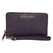 Michael Kors Giftables Jet Set Travel Flat Leather Phone Case