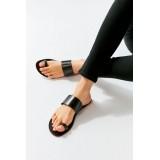 UO Aria Toe Loop Leather Sandal