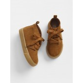 Chukka boots in Faux Suede